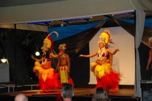 Abendliche Unterhaltung mit einer polynesischen Tanzgruppe