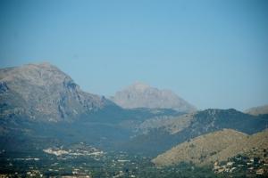 Im Hintergrund der Puig Major