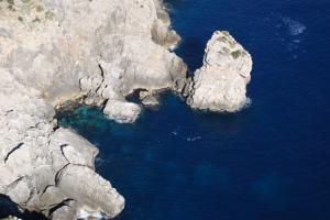 Dramatische Steilküste auf der Halbinsel Formentor