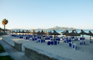 Und hier hab ich die meiste Zeit verbracht - an unserem Strand :-)