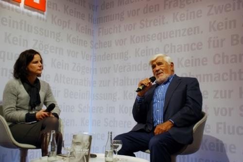 Mario Adorf im Gespräch mit Susanne Bayer (stellvertr. Chefredakteurin Spiegel)